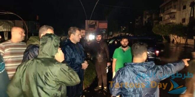 عاصفة مطرية تضرب محافظة اللاذقية تؤدي الى اختناقات في الشوارع