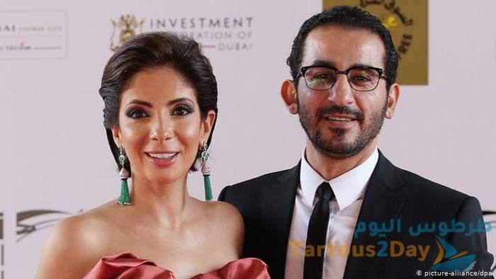 صورة بكاء منى زكي و استقبال أحمد حلمي لها تتصدر السوشيال ميديا