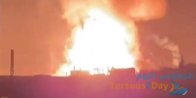انفجار ضخم بمستودع للغاز والبنزين في منطقة القصر الحدودية بلبنان