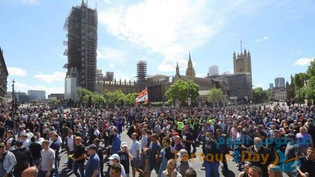 بريطانيا : اعتقال عشرات المتظاهرين الرافضين للحجر الصحي المفروض بسبب كورونا .