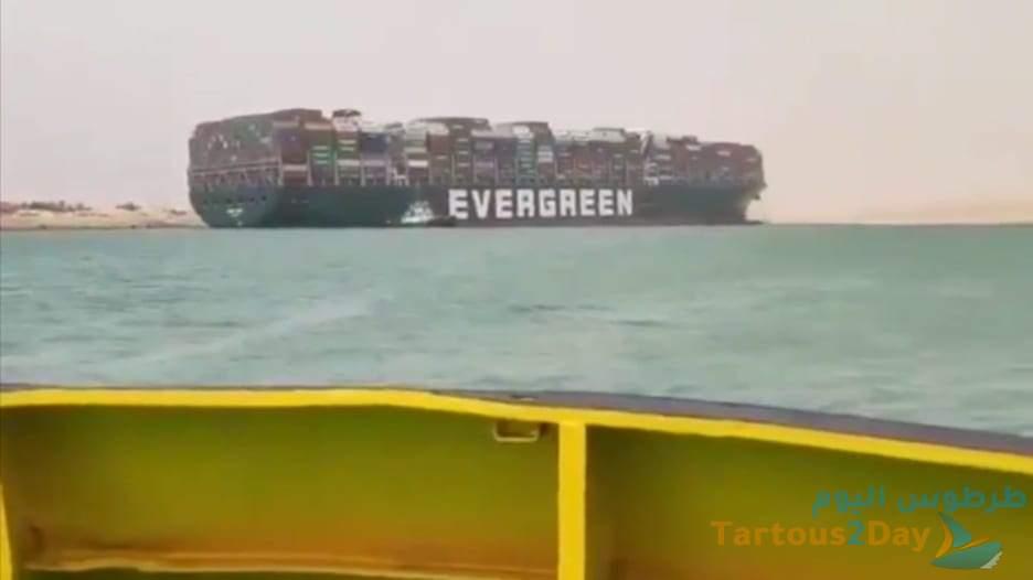 على غرار إيفر جرين.. شاحنة بنفس اسم السفينة تسد طريق بالصين