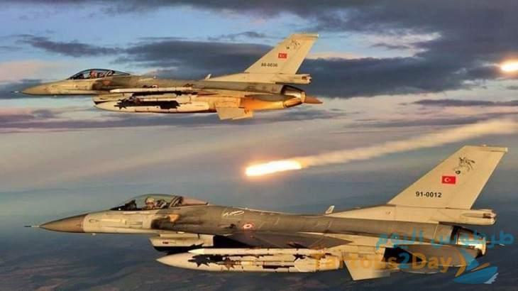 الطيران الحربي التركي يشن غارات على محيط عين عيسى للمرة الأولى منذ أشهر .
