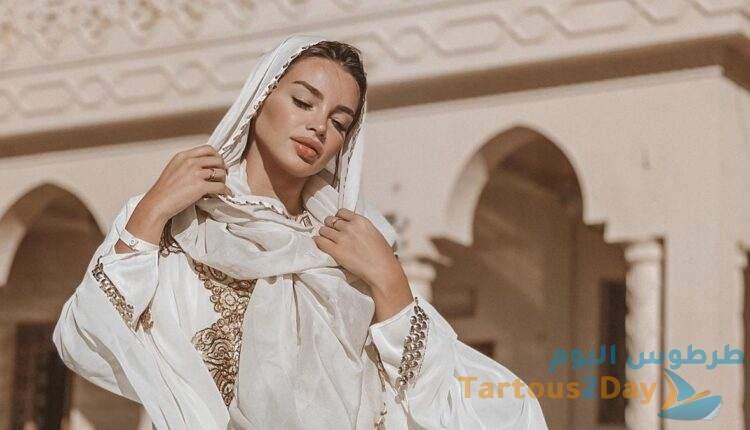 جلسة تصوير الراقصة جوهرة في مسجد الميناء في مصر تثير الجدل ... صور