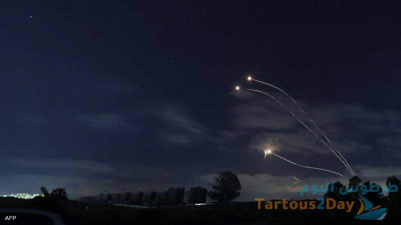 صواريخ من سوريا و جنوب لبنان تسقط في اسرائيل .